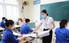 Đề văn thi lớp 10 Hà Nội: 'Phải chăng tri thức làm nên giá trị con người?'