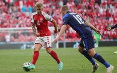Phần Lan thắng sốc Đan Mạch trong ngày giới bóng đá lo lắng cho Eriksen