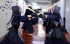 Những bóng hồng thích cảm giác mạnh - Kỳ 4: Kiều nữ và thanh kiếm