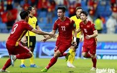 Mời bạn đọc theo dõi trận Việt Nam -UAE và dự đoán 'Cầu thủ Việt Nam xuất sắc nhất trận'