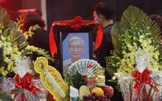 Văn giới, bạn đọc tiễn biệt 'nhà văn chân chính' Nguyễn Xuân Khánh