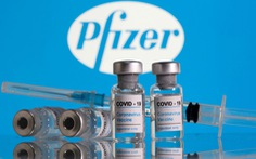 Trung Quốc chế giễu Mỹ đem tặng chỉ 80 lọ vắc xin COVID-19
