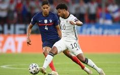 Pháp - Đức (hiệp 2) 1-0: Mats Hummels phản lưới nhà