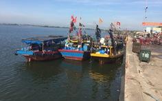 Thuê thuyền chở trốn khỏi vùng cách ly, 7 người bị phạt 35 triệu đồng