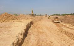 Áp dụng cơ chế đặc thù để sớm đủ đất làm đường cao tốc Bắc - Nam