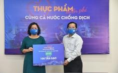 Van Phuc Group ủng hộ 100 tấn gạo, 2.000 bộ quần áo bảo hộ chống dịch