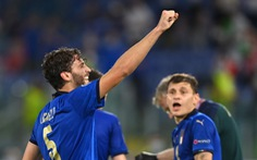 Ý - Thụy Sĩ (hiệp 2) 1-0: Manuel Locatelli mở tỉ số