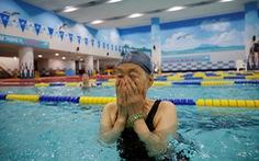 Người cao tuổi Hàn Quốc như 'sống lại' nhờ vắc xin