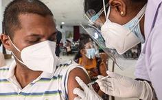 WHO: Hàng chục nước phải dừng tiêm vắc xin liều hai do thiếu nguồn cung