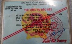 Khởi tố người dùng 'thẻ công vụ đặc biệt' để gặp 5 người Trung Quốc đang cách ly