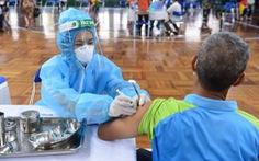 Người bị thấp khớp, bệnh tự miễn dịch... có nên tiêm vắc xin COVID-19?