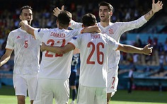 Tây Ban Nha và Thụy Điển 'kéo' Ukraine vào vòng 16 đội