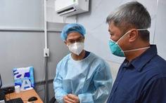 Yêu cầu nhân viên y tế hạn chế tiếp xúc, coi bệnh viện là 'thành trì cuối cùng'