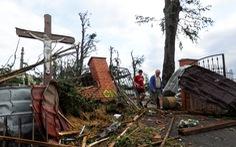 Lốc xoáy hiếm ở Cộng hòa Czech, lực lượng cứu hộ 3 quốc gia chung tay cứu người