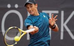 Tay vợt gốc Việt Antoine Hoàng giành vé dự Wimbledon 2021