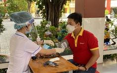 Chuỗi VinMart, VinMart+ ráo riết triển khai tiêm vaccine cho nhân viên bán lẻ