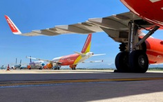 Hàng không có thể từng bước mở lại chuyến bay quốc tế vào cuối năm 2021