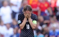 Modric từ chối trả lời 'có tiếp tục thi đấu ở World Cup 2022 không?'