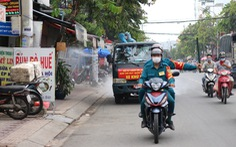 Bệnh nhân COVID-19 rời Thủ Đức về nhà ở Tân Phú đã được đưa trở lại nơi điều trị