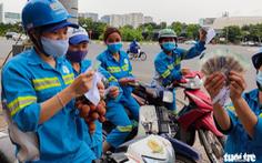 Kêu gọi hơn 1,6 tỉ đồng giúp 200 công nhân dọn rác bị nợ lương 6 tháng qua ở Hà Nội