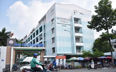 TP.HCM: số ca mắc COVID-19 vượt 4.000, 55/130 bệnh viện có F0 đến khám