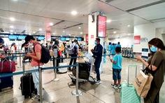 Sân bay Tân Sơn Nhất đã có test nhanh COVID-19, giá 540.000 đồng/người