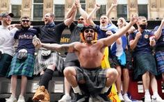 Dân đi xem Euro 2020, Scotland tăng gần 2.000 ca COVID-19