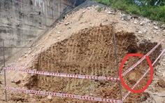 Phong tỏa khẩn cấp đường sắt Bắc - Nam qua Quảng Bình vì phát hiện bom