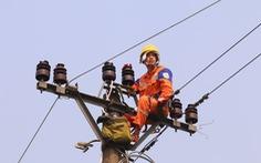 Mùa nắng nóng, EVNNPC tiết giảm điện dùng tại công sở