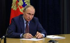 Ông Putin ký luật ngăn phe đối lập tranh cử