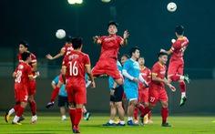 Chuẩn bị trận đối đầu tuyển Indonesia: Ông Park bắt đầu 'luyện bài' khá... hài hước