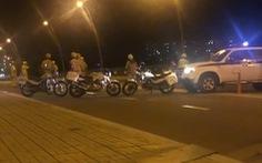 Bị CSGT vây bắt, nhóm 'quái xế' vứt xe nhảy kênh