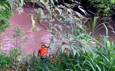 5 trẻ chơi bên sông, 2 trẻ rớt xuống nước chết đuối