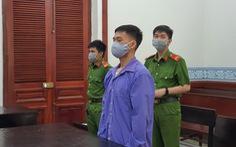 Đâm chết cha nuôi vì đi khách sạn với vợ, người đàn ông lãnh 18 năm tù
