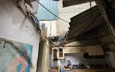 Công nhân môi trường: Nhịn ăn, ngủ ngoài đường, cắn răng chịu từng cơn đau