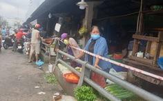 Cá, thịt dồi dào, người dân 'ngã ngửa' khi giá rau, củ gần bằng giá thịt
