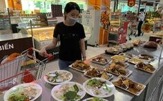 TP.HCM yêu cầu siêu thị, cửa hàng tiện lợi tăng hàng chế biến sẵn sau khi cấm bán thức ăn mang về