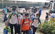 Gần 100 cán bộ, sinh viên Trường ĐH Y dược Cần Thơ chi viện Vĩnh Long dập dịch