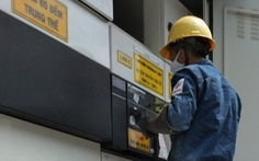 Tăng cường cấp điện hai bệnh viện dã chiến mới của TP.HCM