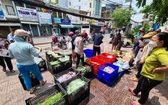 Bất ngờ được mua thịt, cá... giá siêu thị ngay ở vỉa hè TP.HCM