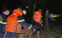 Hai người đàn ông là anh em ruột chết đuối khi tắm biển Cửa Lò