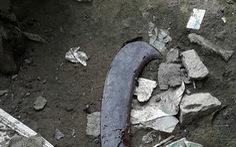 Chém chết hàng xóm vì bực tức do mái tôn lấn ranh nhà