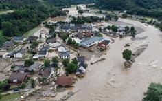 Chùm ảnh mưa lũ lớn trăm năm có một ở châu Âu khiến ít nhất 110 người chết