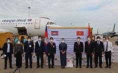 Chuyến hàng hỗ trợ chống dịch COVID-19 của Campuchia tới TP.HCM