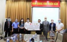 4 bang của Đức tặng Việt Nam 190.000 kit test COVID-19