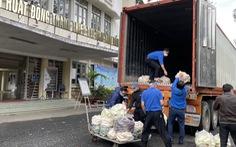 Lâm Đồng tặng Phú Yên 30 tấn rau quả giúp dân vùng phong tỏa dịch COVID-19