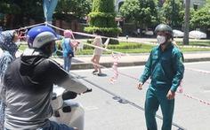 Nhiều người đi xe máy cả ngàn cây số từ Bình Dương về Nghệ An tránh dịch