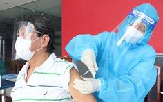 HỎI - ĐÁP về dịch COVID-19: Vì sao nhiều người trên 65 tuổi, mắc bệnh nền chưa được tiêm vắc xin?