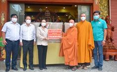 Giáo hội Phật giáo Việt Nam tặng 10 máy thở đa năng cho TP.HCM, Bình Dương và Long An