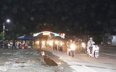 Xe chuyên dụng Công an Bình Phước dẫn đường cho hàng ngàn xe về Tây Nguyên